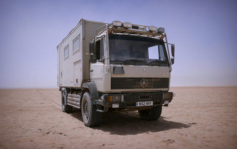 Driving the sahara desert in truck